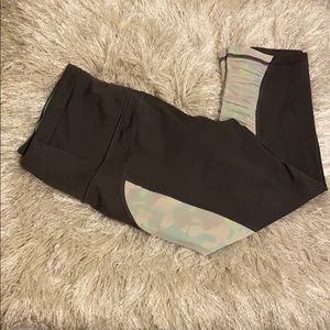 Knockout by Victoria's Secret Crop in Size Small
